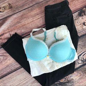 Victorias secret pink size 34D blue Daisy bra
